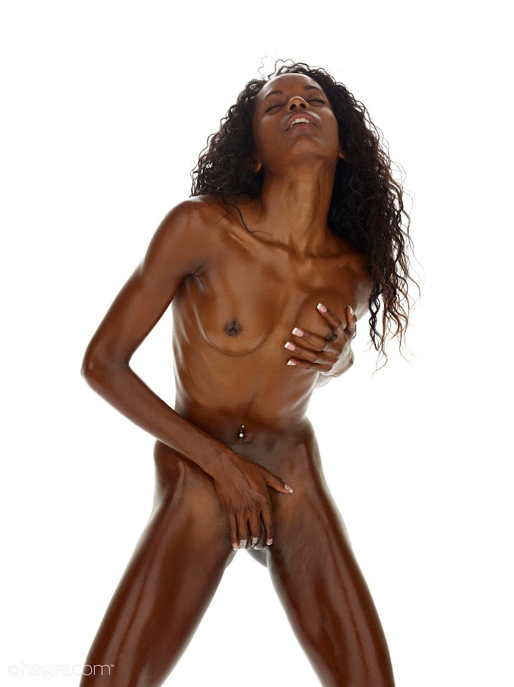 title2:Hegre Valerie Best Of Studio Nudes - idols