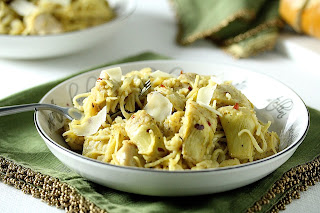 SPICY ARTICHOKE CHICKEN PASTA