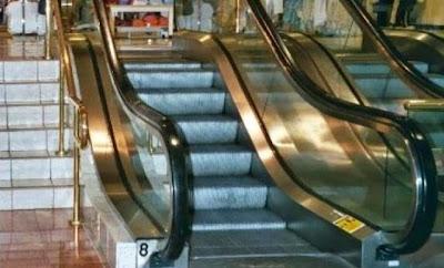 escaleras eletricas y normales pereza