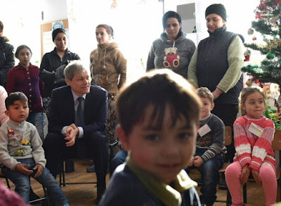 Románia, Dacian Cioloș, Cioloș-kormány, szegénység, társadalom,