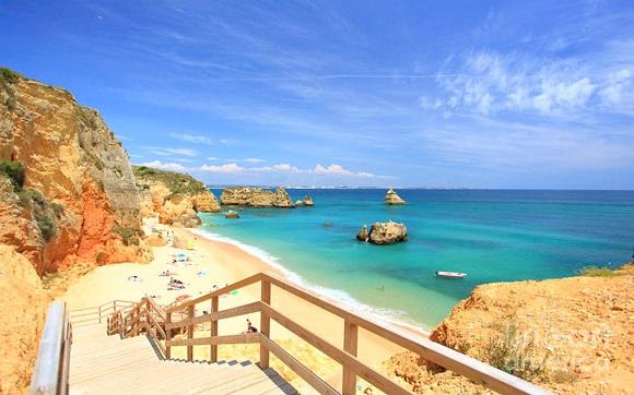 Viagem de carro por Portugal pelas praias