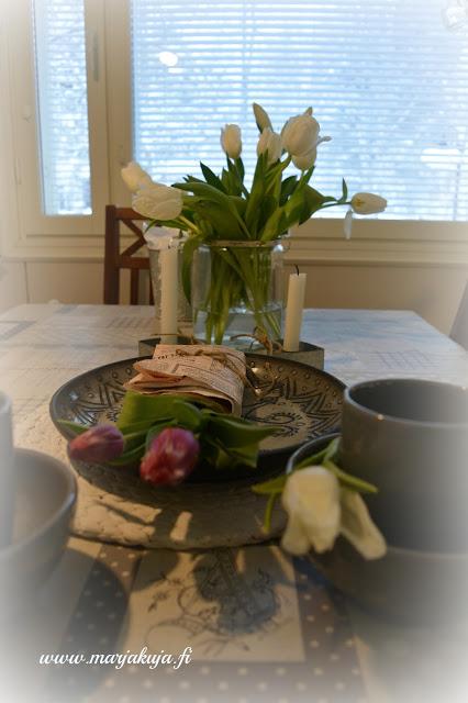 tulppaanit tinek homen astiat