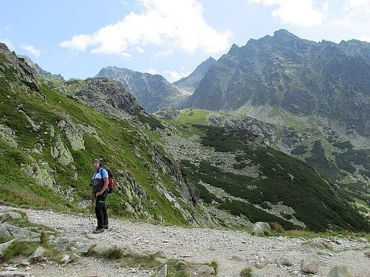 Podejście do Doliny Hińczowej.