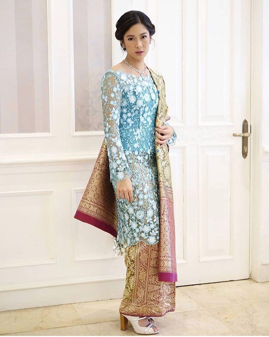 Model Kebaya 2019 Hijab Brokat Hijaber Gallery