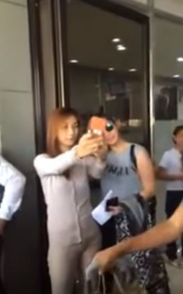 WATCH: Viral Video Shows How Angel Locsin Treats Her Fans Off-Cam!