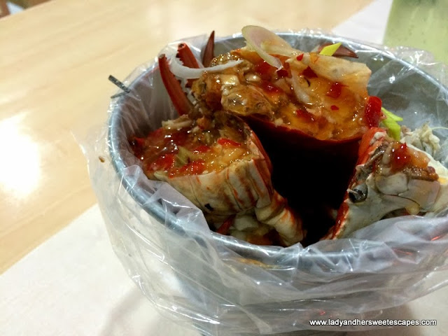 Seafood in a Bucket's crab in sweet chili sauce
