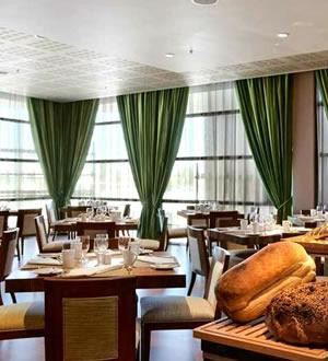 Hilton Windhoek Hotel Ekipa Restaurant