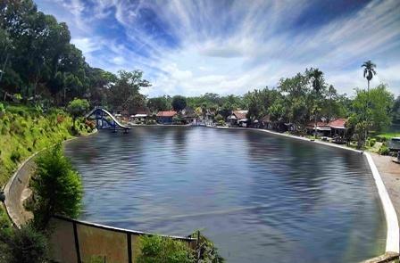 Wisata Lumajang Pemandian Alam Selokambang