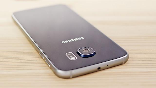 Come inserire scheda memoria micro SD Samsung Galaxy S7 e S7 edge