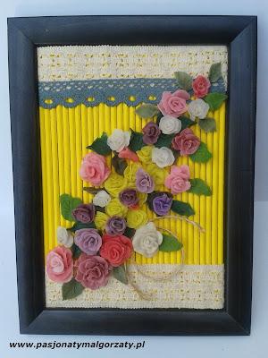obraz z różyczkami z zimnej porcelany
