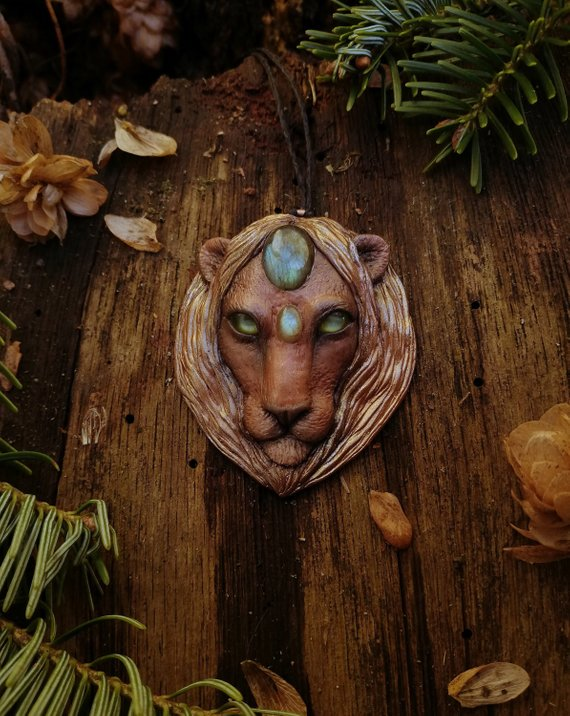 yunocrafts' polymer clay animal pendant lion
