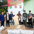Saan Mustopa Serahkan Bantuan APD ke Gugus Tugas Covid-19 di Karawang
