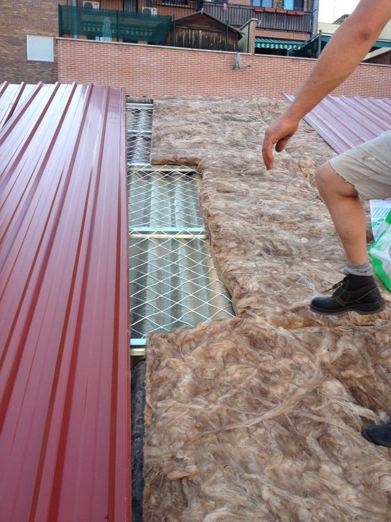 Tejados de naves y locales en madrid montadores cubiertas for Tejados de chapa