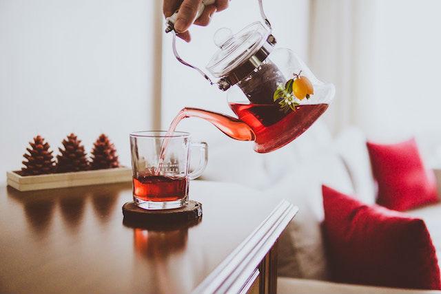 7 bebidas que te ayudan a bajar de peso mientras duermes, té rojo, verde o blanco
