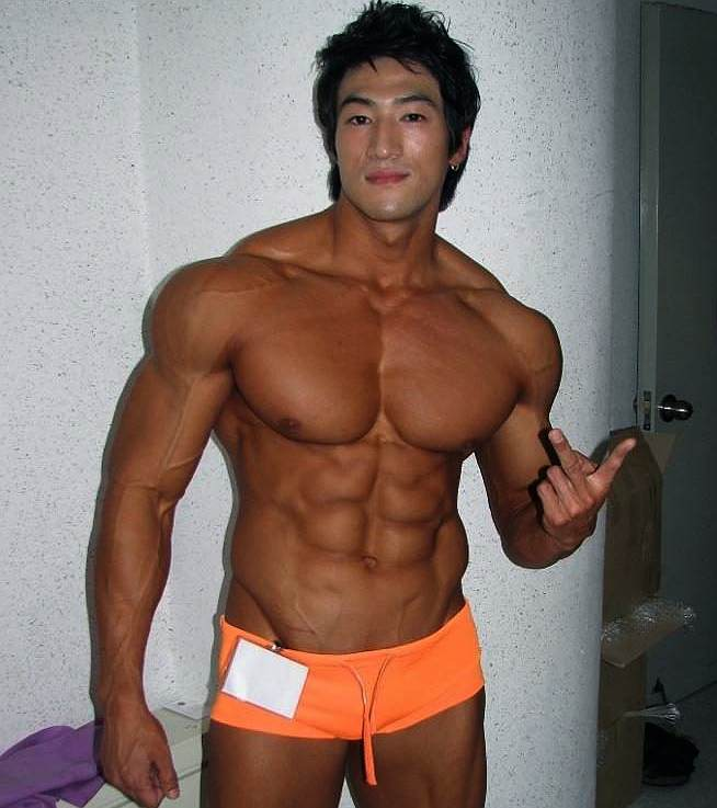 Asian Muscles 86
