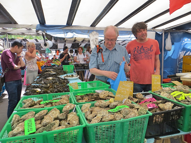 paris market oyster