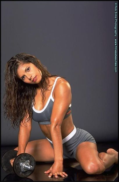 fitness model girls, female fitness competitors, women fitness competition