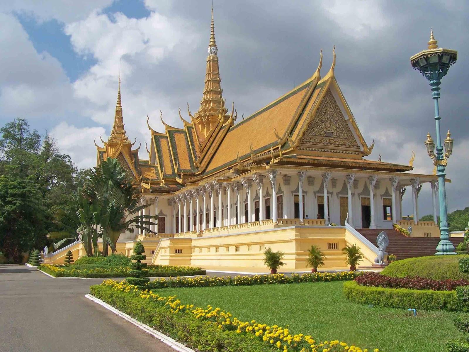 World Beautifull Places Phnom Penh Palace