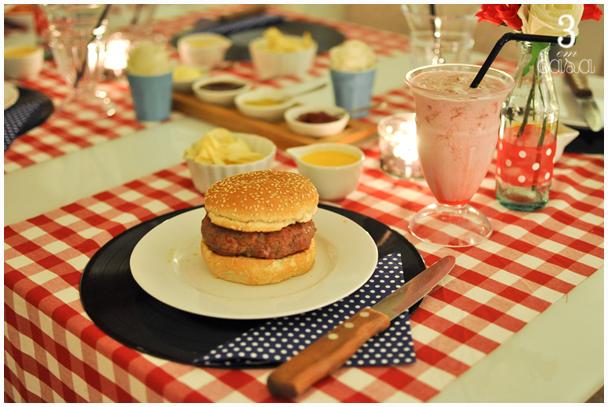 mesa para noite do hambúrguer