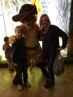 madmumof7 with Puss in Boots at Shrek's Adventure! London