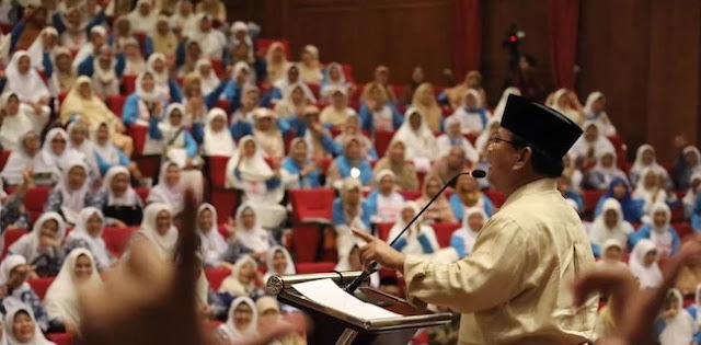 Tarif Dasar Listrik Turun Setelah Dilantik? Ini Jawaban Prabowo Dihadapan Emak-emak