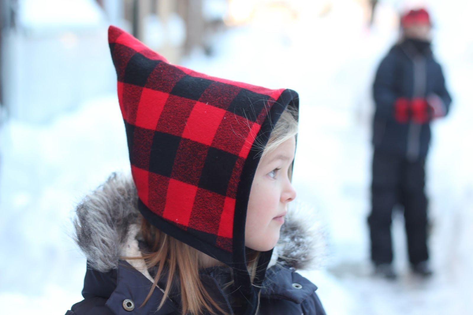 Sweetkm blizzard bonnet free hat sewing pattern in 5 sizes links ahead the delightfully warm and soft rk mammoth flannel in red buffalo check the fabric is very thick and is perfect for outerwear hats jeuxipadfo Image collections
