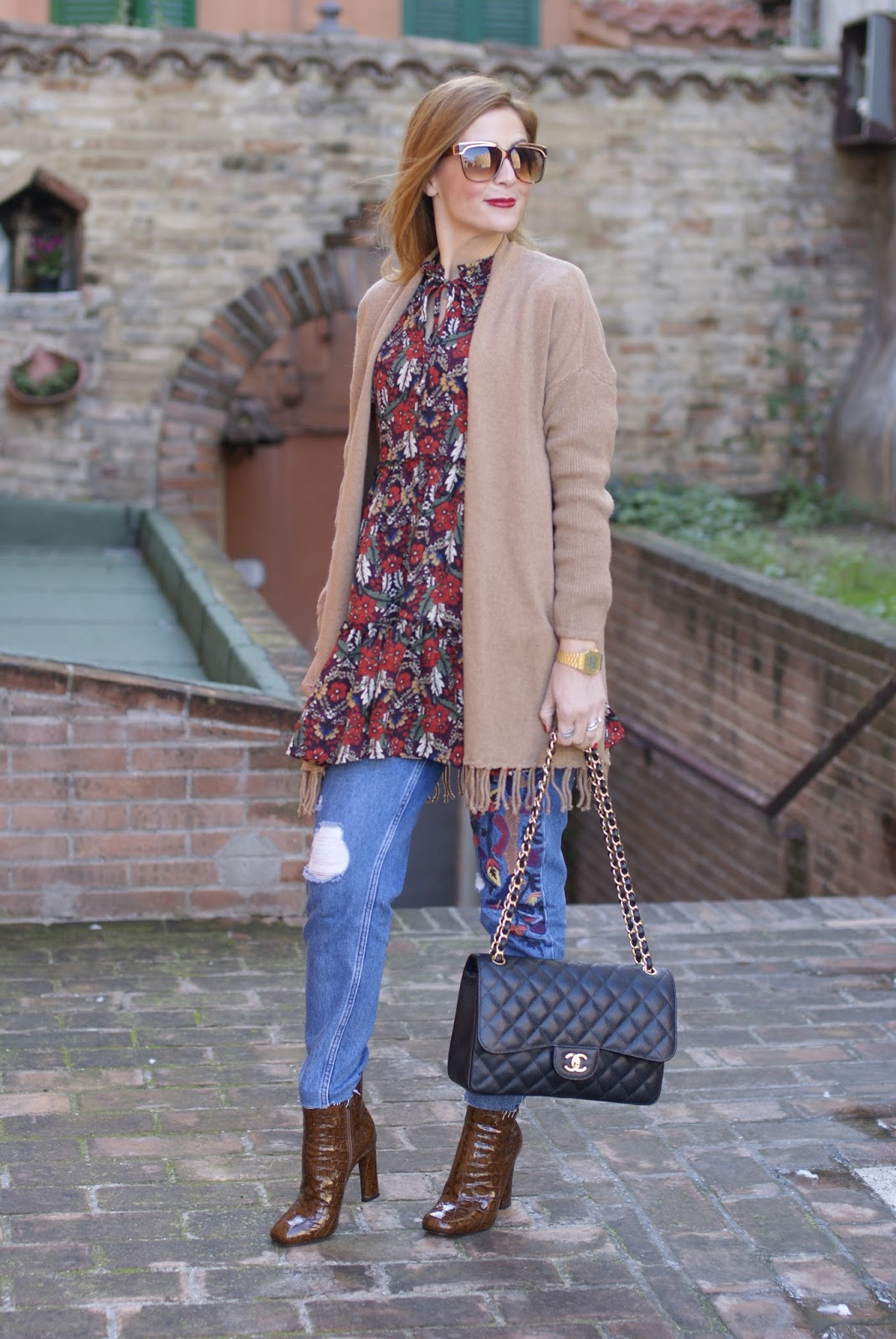 1.2.3 Paris fringed camel cardigan, Le Silla Twiggy boots on Fashion and Cookies fashion blog, fashion blogger style