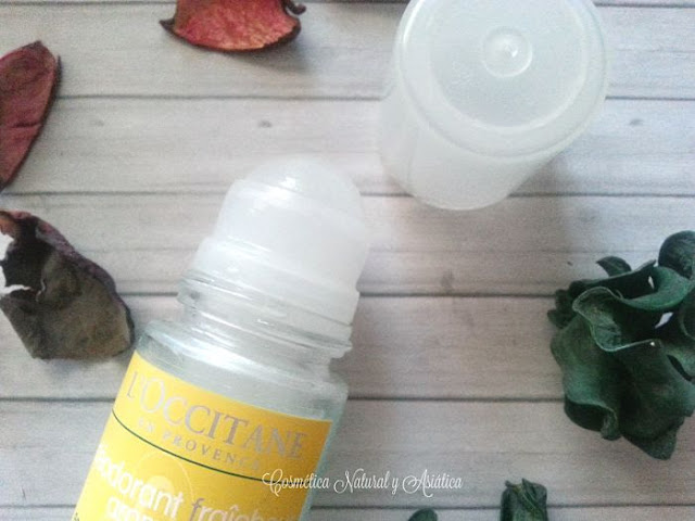 Loccitane-desodorante-aromacologia-frescor-detalle