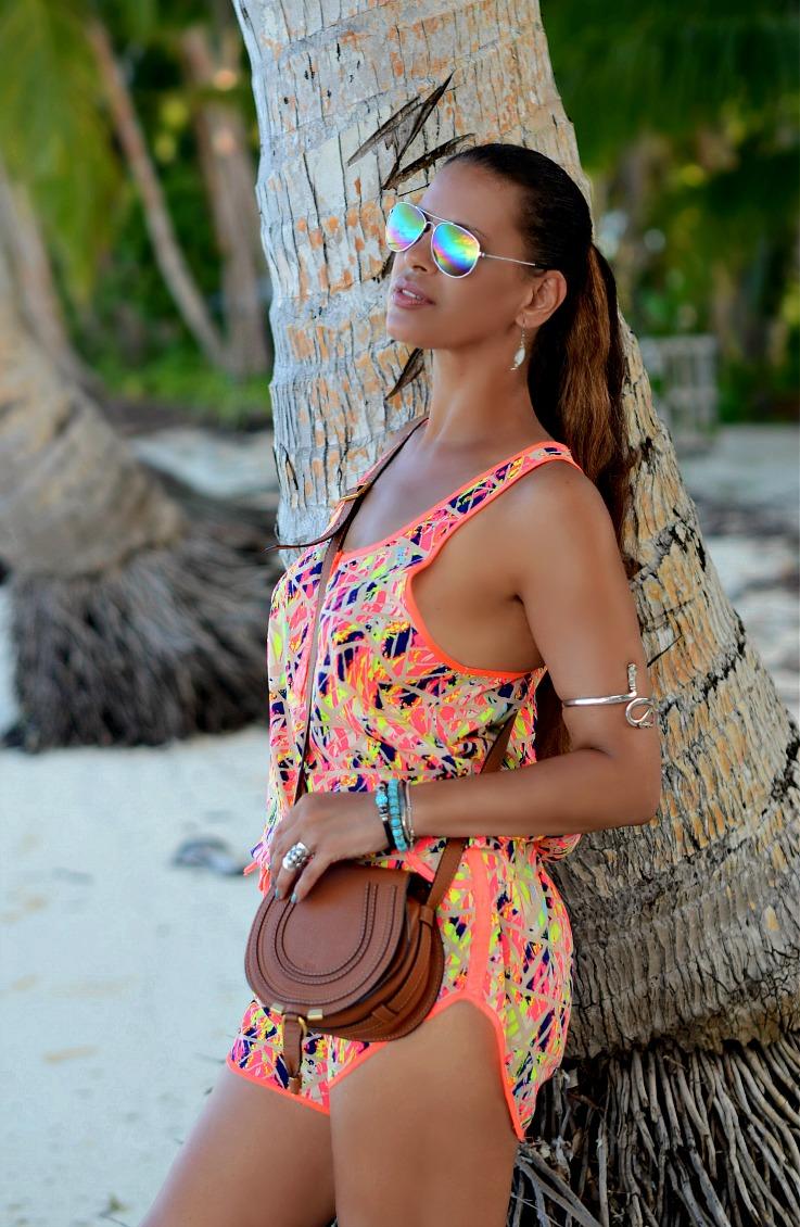 Romper, Play suit, Chloe Mini Marcie bag tan, Rainbow aviators, Flat sandals, Kei Kecil, Maluku, Indonesia, beach outfit, Tamara Chloé, TC Style Clues