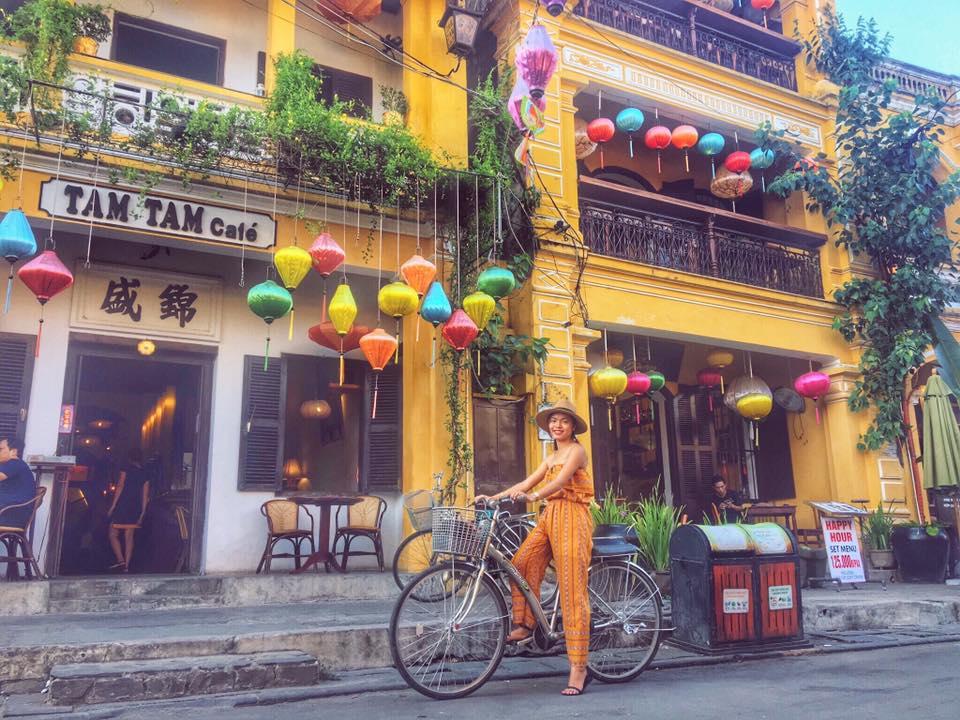 Tổng chi phí đi du lịch bụi Đà Nẵng và Hội An của nhóm cô gái trẻ