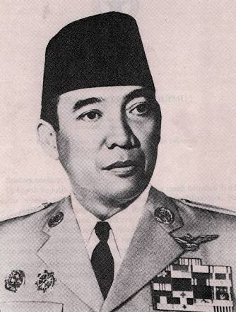 Biografi singkat Presiden pertama RI ( Ir. Soekarno )