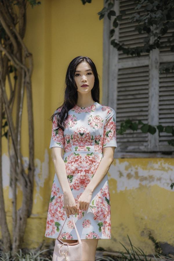 Hoa hậu Thùy Dung gợi ý chọn váy hoa cho nàng công sở - 8