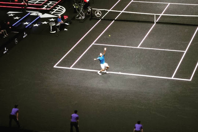 Roger Federer Defeats Querrey in the Laver Cup