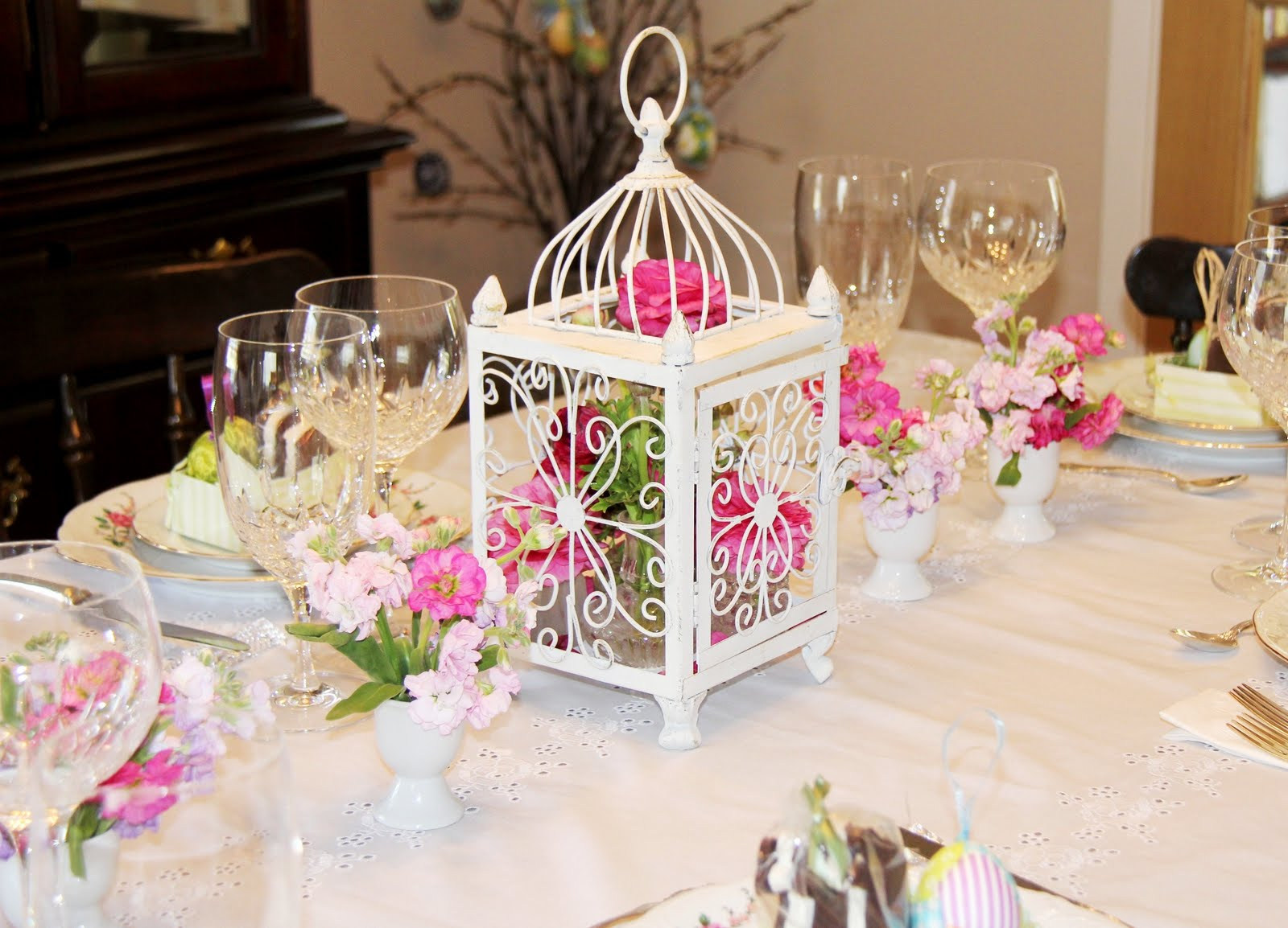 stranded in cleveland easter table d cor birdcage and egg cups centerpiece spring table d cor. Black Bedroom Furniture Sets. Home Design Ideas