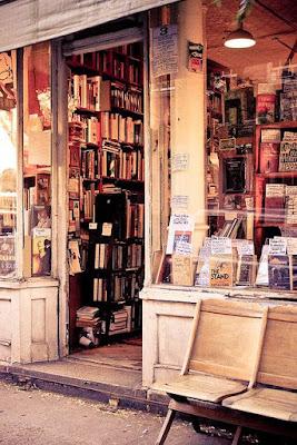 buku di toko buku