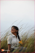 Tholipremalo Movie Stills-thumbnail-1