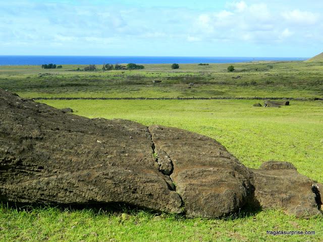 Moai no vulcão Rano Raraku, Ilha de Páscoa