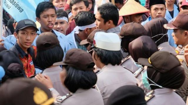 demo, mahasiswa