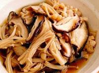 5 Jenis Makanan yang Tidak Boleh Dipanaskan - jamur