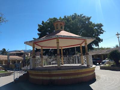 EL TUITO – A DAY TRIP