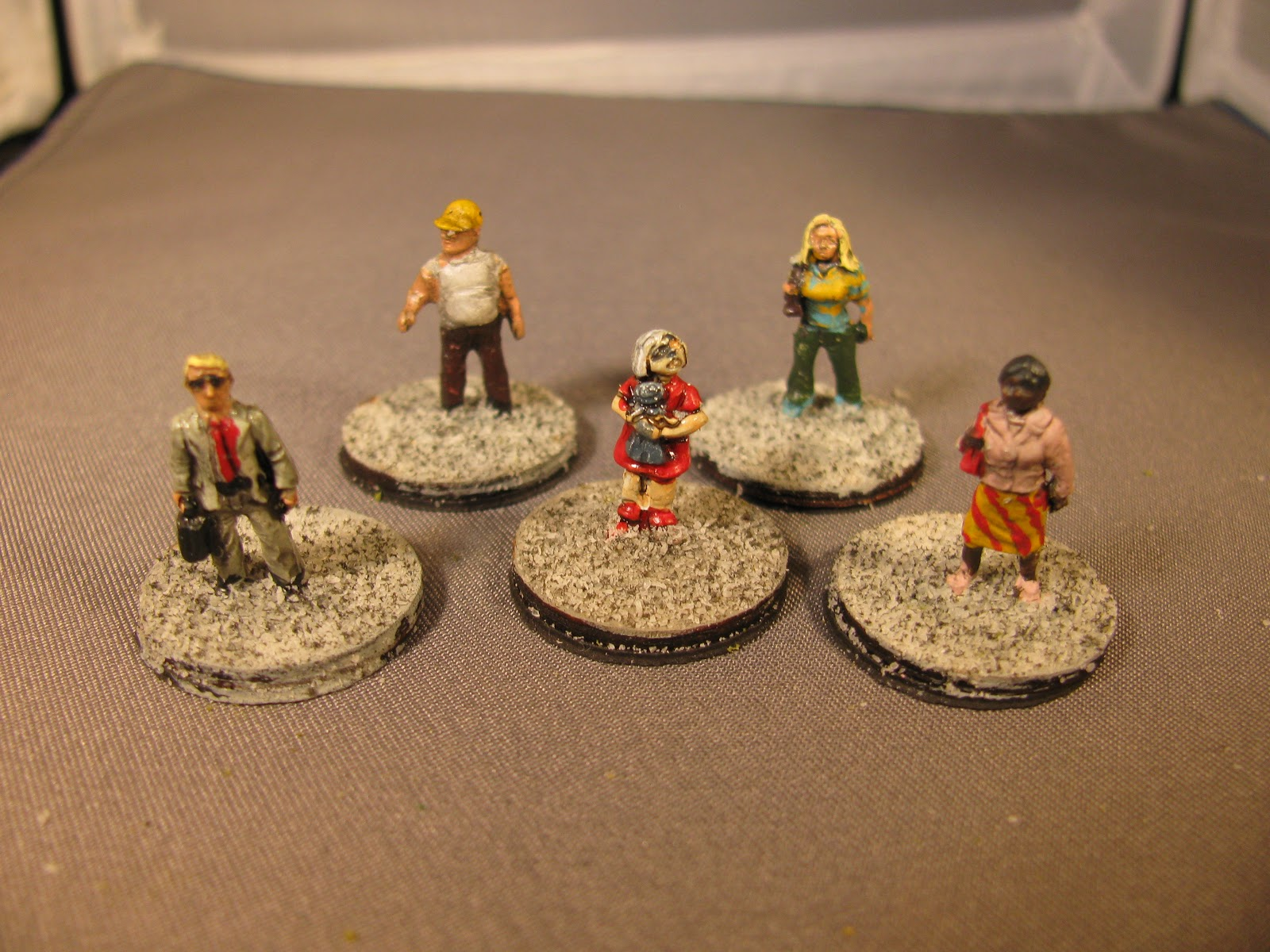 Gary's Bits: 15mm Zombies and Civilians