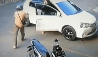 Pelaku pencurian motor mengancam wanita di Karawang