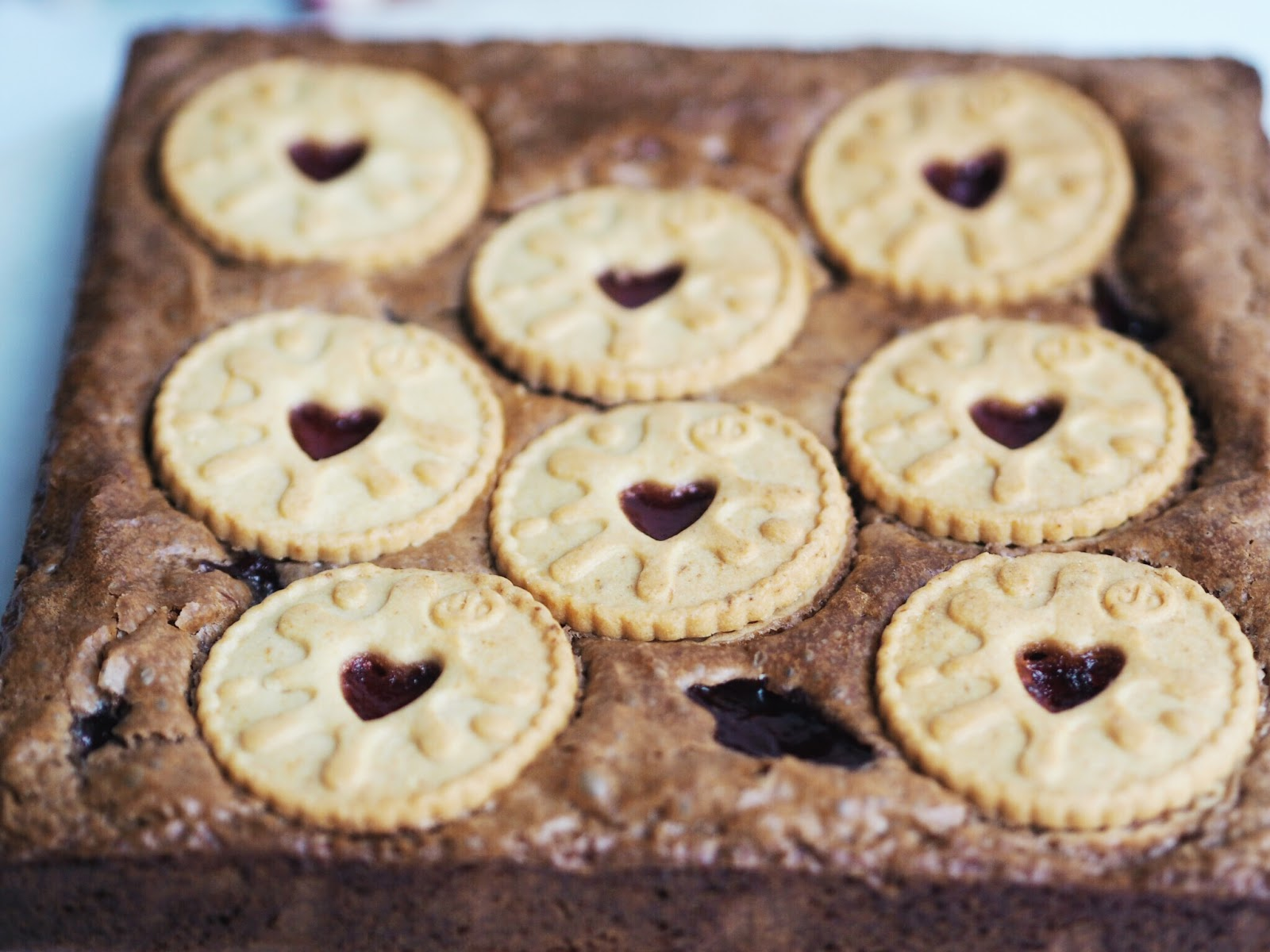Recipe | Jammie Dodger Brownies square lay