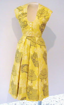 De De Johnson, 1950s yellow outfit
