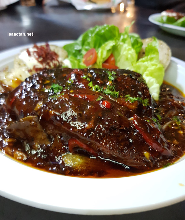 Signature Lamb Stiq, slow cooked for 22 hours (RM27)