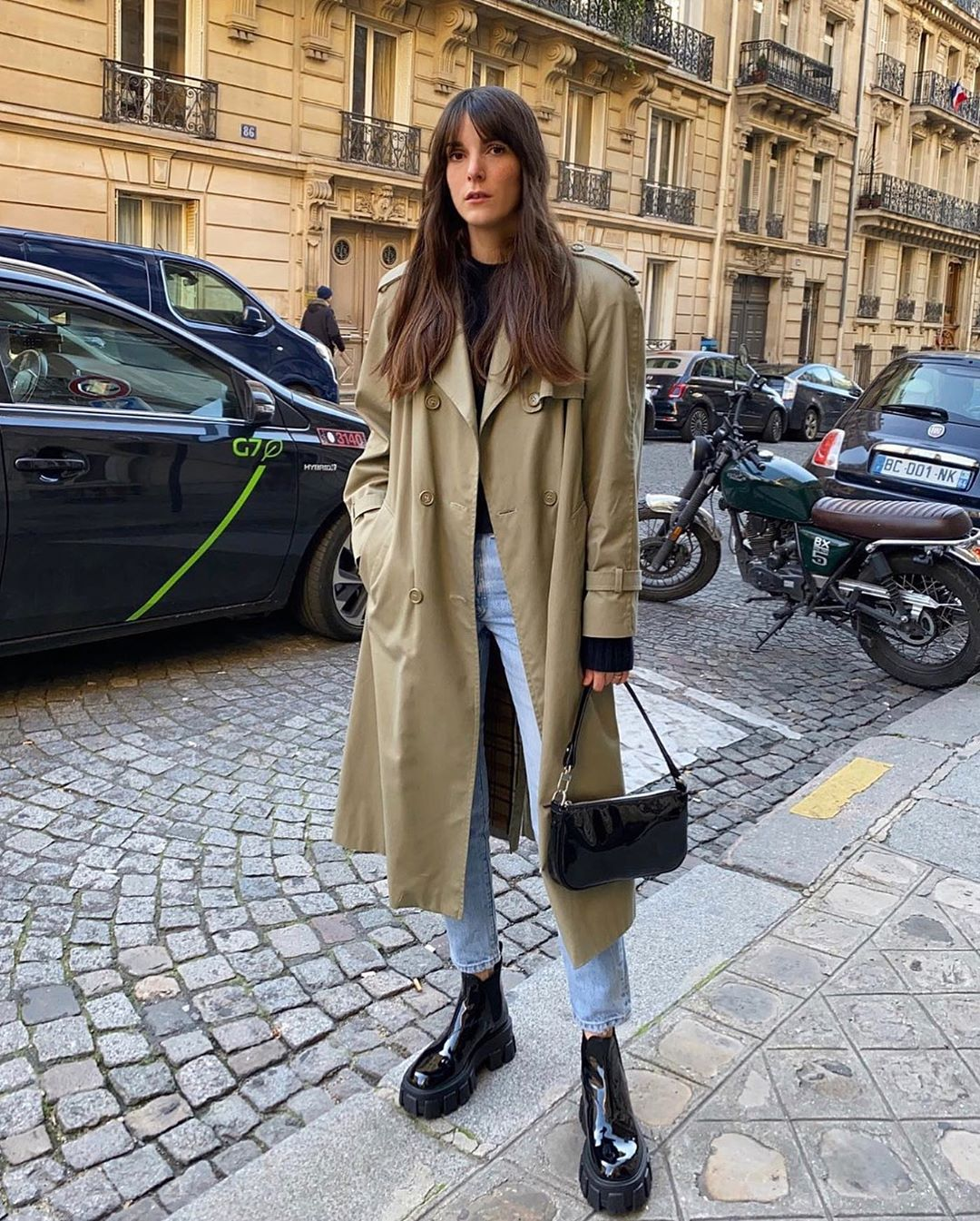 The French-Girl Way to Wear Chunky Black Boots — Leia Sfez Instagram Outfit Idea