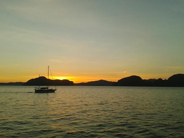 Sunset in Phang Nga Bay Sea Canoe