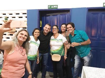 VEREADOR MAX DE ZÉ DE TOINHO PARTICIPA DO DIA DA FAMÍLIA NA ESCOLA NO ALAÍDE MENEZES.