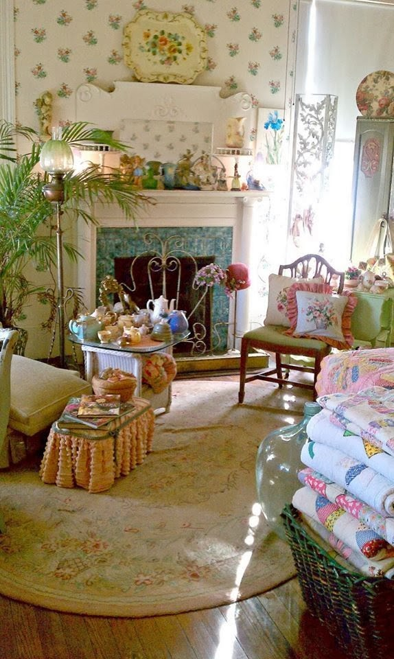 Slipcovered Furniture Is Also A Popular Element When Decorating A Cottage  Style Interior.