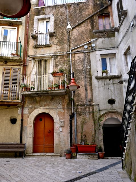 Sapere Aude Incipe Guardia Sanframondi Part 4 Houses